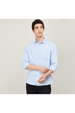 Code Men Solid Regular Fit Casual Shirt