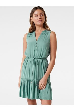 Forever New Women Green Solid Fit and Flare Dress