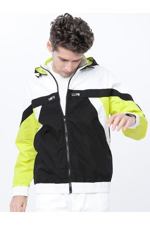 Highlander Men Black & White Colourblocked Lightweight Cotton Bomber Jacket