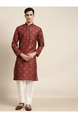 SOJANYA Men Maroon & Off-White Printed Kurta with Pyjamas