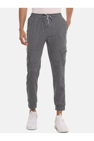 Campus Men Joggers - Men Grey Melange Solid Straight-Fit Joggers