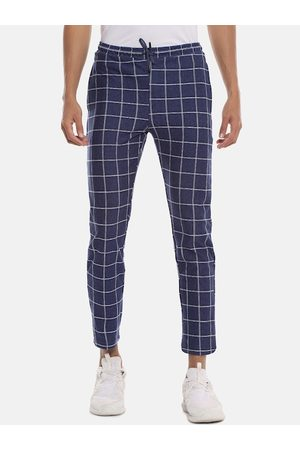 Campus Men Blue & White Checked Track Pants