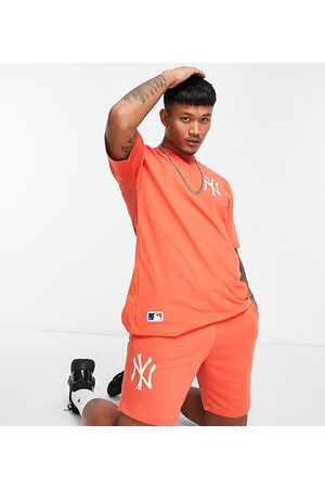 New Era MLB New York Yankees jersey shorts in exclusive to ASOS
