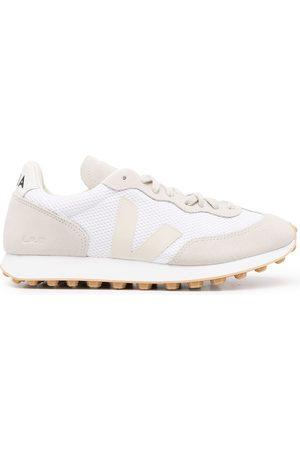 Veja Men Sneakers - Rio Branco Alveomesh trainers