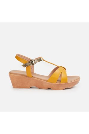Ginger Women Solid Wedges