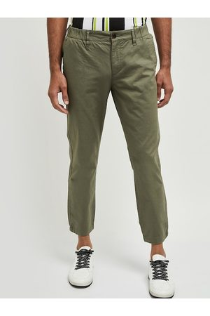 Max Collection Men Green Skinny Fit Solid Regular Trousers