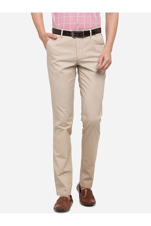 JADE BLUE Men Beige Solid Slim Fit Cotton Regular Trousers