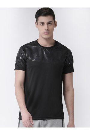 Club York Men Black Solid Henley Neck T-shirt