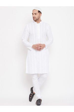 Vastramay Men White Embroidered Kurta with Pyjamas