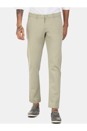 Ruggers Men Green Regular Fit Solid Regular Trousers