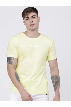 Highlander Men Yellow Solid Round Neck Cotton T-shirt