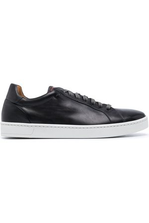Magnanni Men Sneakers - Round-toe leather trainers