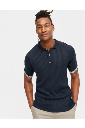 New Look Muscle fit knitted polo in
