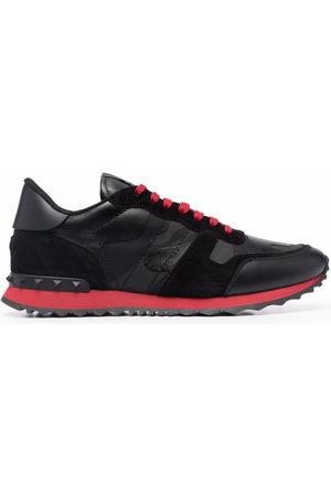 VALENTINO GARAVANI Men Sneakers - Rockrunner low top sneakers
