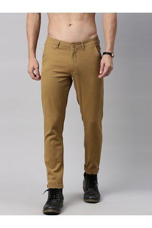Roadster Men Camel Brown Regular Fit Solid Chinos