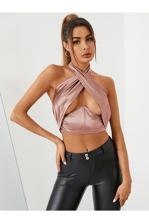 YOINS Sexy Cut Out Crossed Collar Sleeveless Crop Top