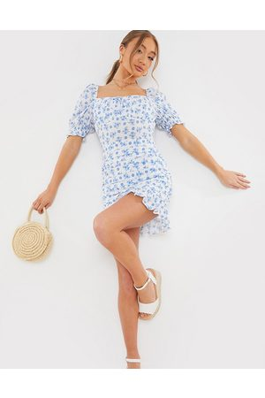 In The Style X Billie Faiers sweetheart puff sleeve mini dress with ruffle hem in white floral print