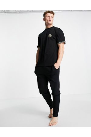River Island Lounge t-shirt & jogger set in