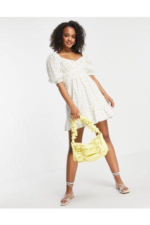 New Look Bust detail tiered mini dress in lemon print