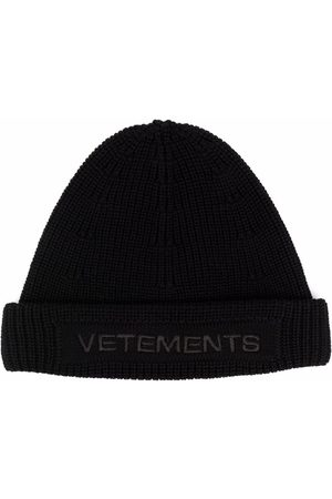 Vetements Beanies - Embroidered logo chunky-knit beanie