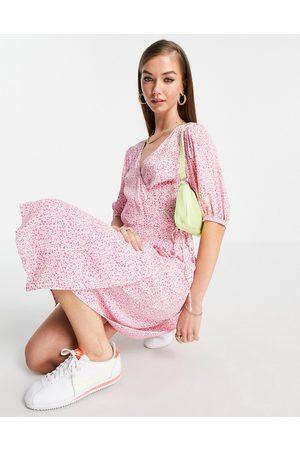 VERO MODA Wrap midi dress in pink ditsy floral