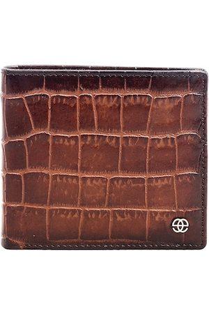 Eske Men Brown Textured Leather RFID Two Fold Wallet