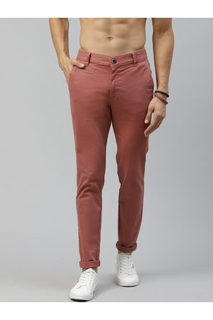 Roadster Men Rust Red Tapered Fit Chinos
