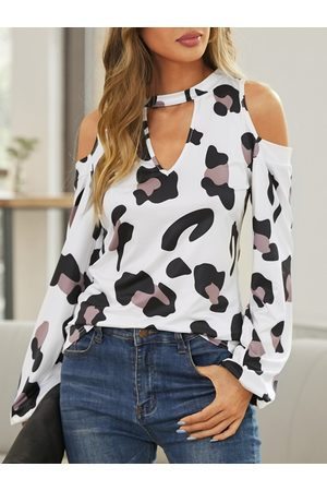 YOINS Leopard Cut Out Cold Shoulder Long Sleeves Tee