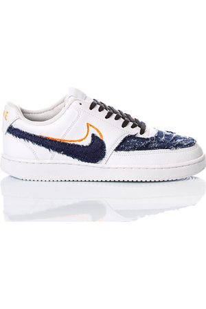 Nike WOMEN'S FLUOVISION2013 LEATHER SNEAKERS