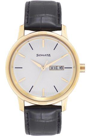 Sonata Men White Leather Straps Analogue Watch 7134YL01