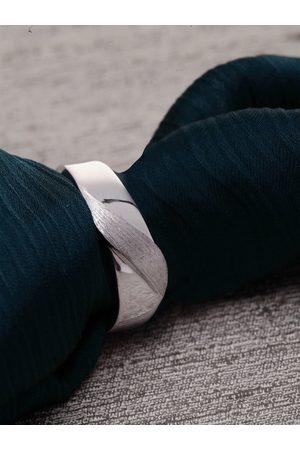 Clara Men Silver-Toned Adjustable Band Finger Ring