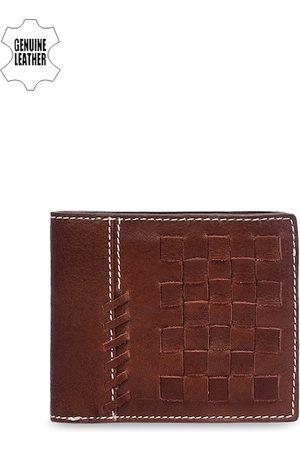 Eske Men Brown Textured Two Fold Leather Wallet