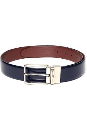 Tommy Hilfiger Men Navy Blue & Burgundy Textured Leather Reversible Formal Belt