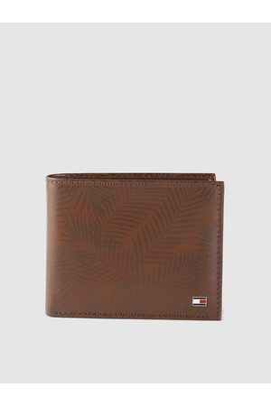 Tommy Hilfiger Men Brown Tropical Print Leather Two Fold Wallet with RFID