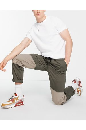 Topman Men Chinos - Cut and sew relaxed trousers in khaki