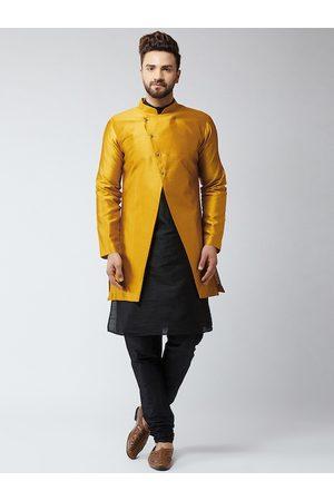 SOJANYA Men Black & Mustard Self Design Sherwani Set