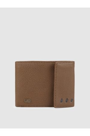 Baggit Men Brown Solid GW MIRAGE ENGLISH ThreeFold Wallet