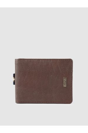Baggit Men Brown Animal Textured GCCH JUBILANT TIZZY Two Fold Wallet