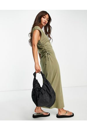 River Island Ruched side midi t-shirt dress in