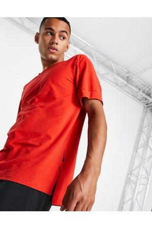 Nike Nike Yoga Dri-FIT t-shirt in