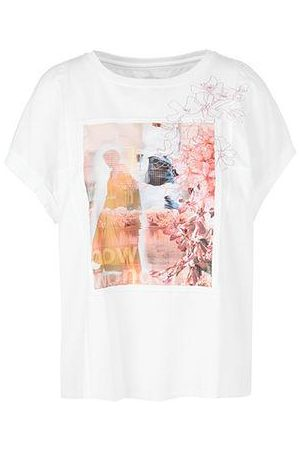 Marc Cain TEE WITH APPLIQUE & EMBROIDERY DETAIL