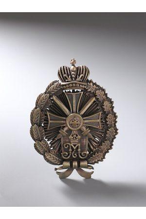 COSA NOSTRAA Men Metallic-Toned Antique Richardson Brooch