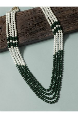 karatcart Men Green & White Handcrafted Necklace