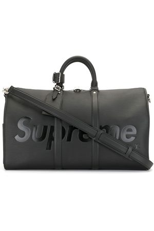 LOUIS VUITTON X Supreme 2017 pre-owned Epi Keepall Bandouliere travel bag