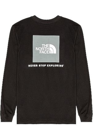 The North Face Men Long Sleeve - Long Sleeve Box NSE Tee in TNF