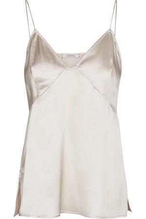 Dorothee Schumacher Sense of Shine stretch-silk satin camisole