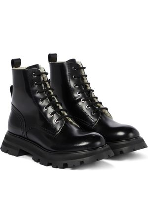 Alexander McQueen Wander leather ankle boots