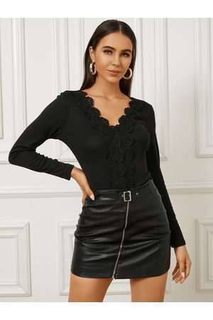 YOINS Lace Trim Patchwork V-neck Long Sleeves Knitwear