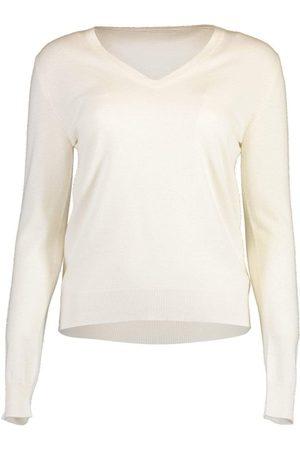 Brunello Cucinelli Basic V-Neck Cashmere Knit Top