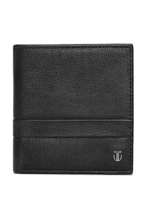 Titan Men Black & Black Self Design Leather Two Fold Wallet